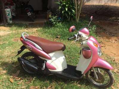 Suzuki jelato 125