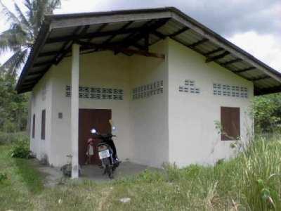 3.7 rai with a small house, Bang Saphan Noi