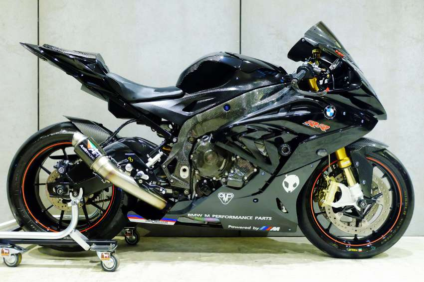 BMW S1000RR 2016 with AR GP2 Full system exhaust!