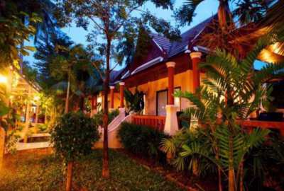 Selling hotel, 90 rooms, Khao Lak Beach, Phang Nga.