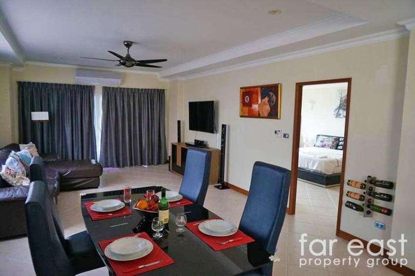 186sqm. 2 Bed, 2 Bath Condo in Central Jomtien