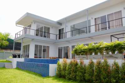 Villa for Sale with Seaview on Koh Samui / Ban Rak 5 Bedrooms