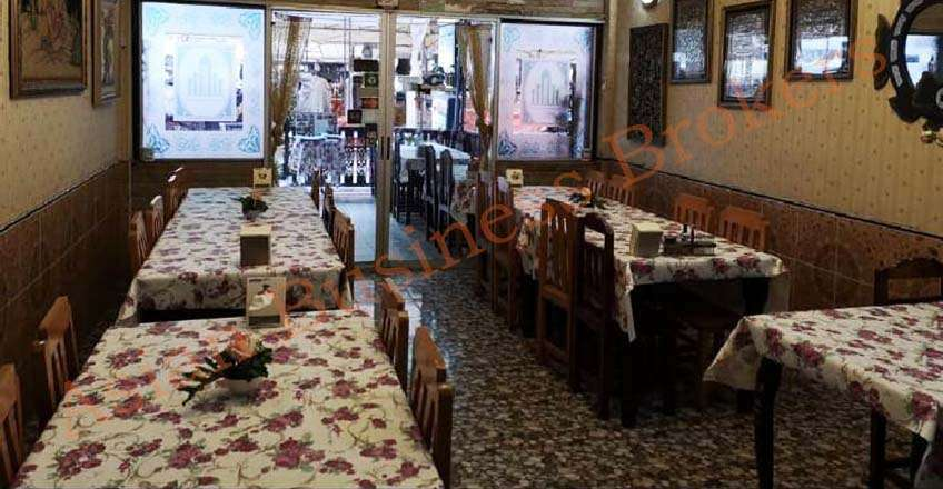 1001014 Restaurant in Popular Market in Chiang Mai for Sale