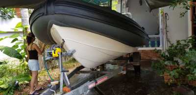 18 ft FALCON RIB MERCURY 175 OPTIMAX TWO STROKE ALL 421 HR ONLY