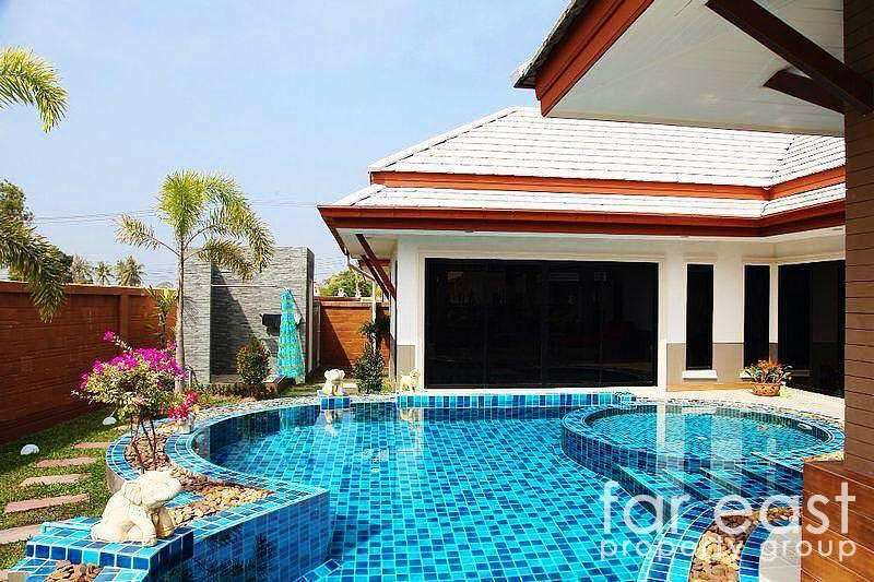 Modern Baan Dusit Pool Villa For Sale