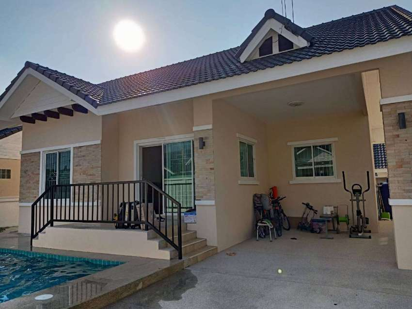 Sattahip Pool Villa for Rent at Muntra Garden Home