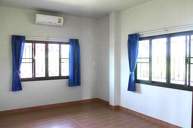 Nature house for rent Near Hang Dong, Chiang Mai. House quiet