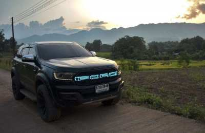 Awesome 2016 4x4 Ford Everest Titanium + with many extras