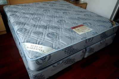 King Size Bed, Australian Orthopedic, Excellent Condition