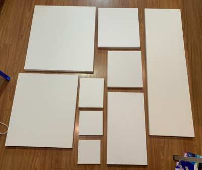 Painting canvasses