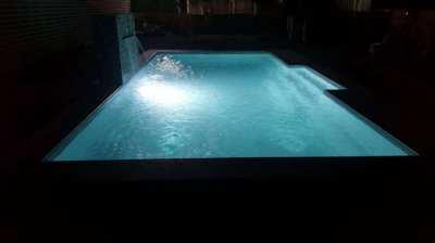 8m Centurion Fiberglass Swimming Pool