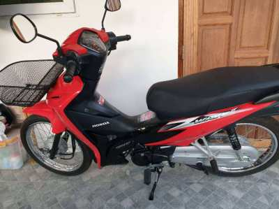 Honda  wave​110i​ for  sale  with​ 815km!!