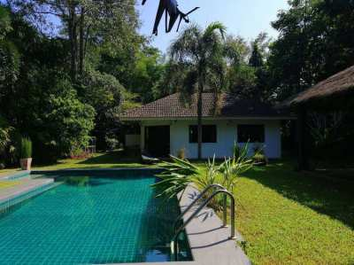HS3087 : 5 Bedrooms house for sale in NamPhrae, Chiang Mai.