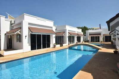 Reduced! Newly Renovated Furnished 3 BR 2 Bath Resort Pool Villa