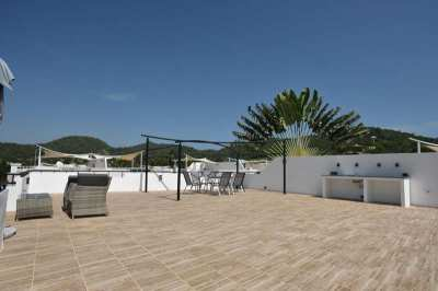 Reduced! Newly Renovated Furnished 3 BR 2 Bath Resort Pool Villa