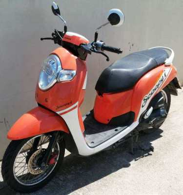 04/2018 Honda Scoopy I 36.900 ฿ Finance by shop