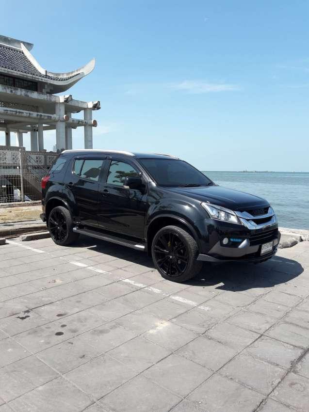Top of the Range Isuzu MU-X 3.0 4wd auto navi