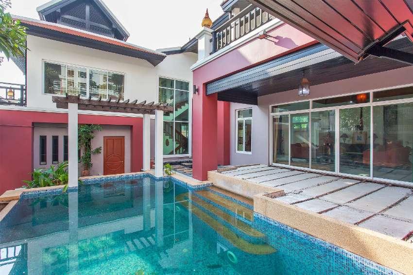 Fantastic 3 bedroom property available in Pratumnak HIll Pattaya !