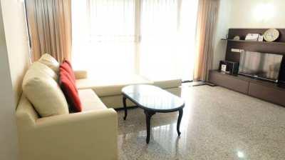 Las Colina Sukhumvit soi 21  condo 2 bedrooms for rent in Asoke in the