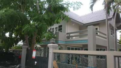 Lovely house in great location for rent in Cha-am!