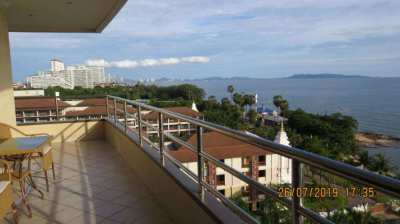 1Bdrm, Office, 2Ba, Oceanfront Condo in View Talay 3 on Pratumnak Hill