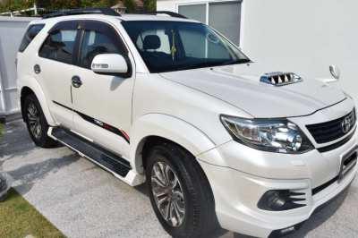 Toyota Fortuner Sportivo 2015. Diesel