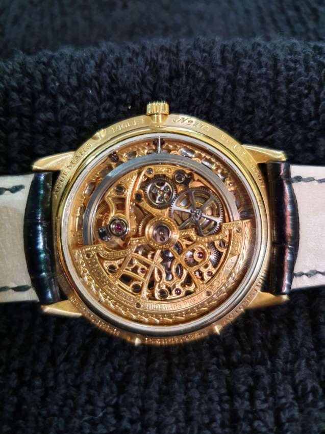 FROM SWITZERLAND AUDEMARS PIQUET