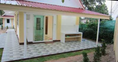 Quiet  House with Pool in Big plot of land