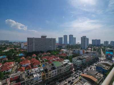 CS1891 View Talay 1A Studio for sale