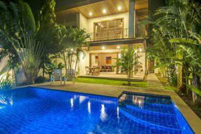 For rent 2 bedrooms pool villa Bangrak Koh Samui