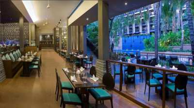 Dine out in the popular Thailand restaurant on Phuket holiday