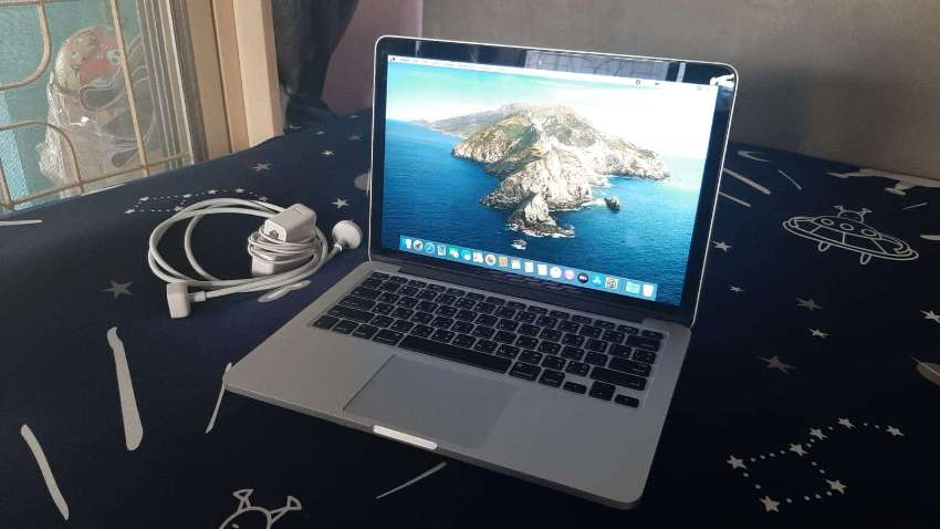 MacBook Pro 13 - 3.1 GHz dual-core Intel Core i7