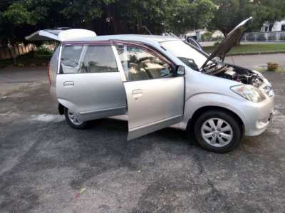 toyota avanza 2009 7 seats..auto 159 000 km 249 000 baths
