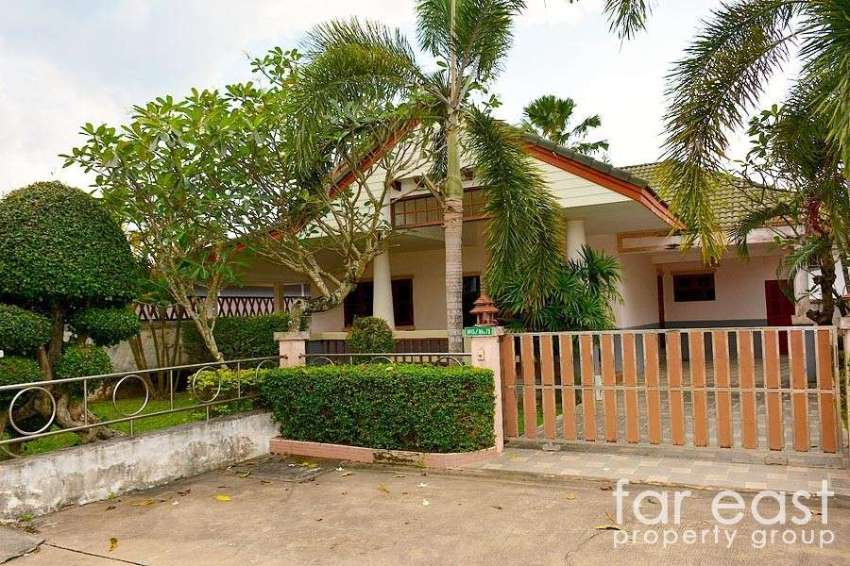 Baan Dusit Pattaya Villa For Sale