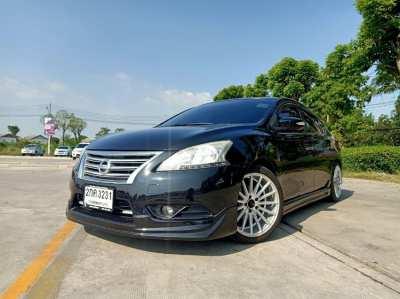 ขาย Nissan Sylphy 1.6V ปี 13 ตัว TOP แต่งสวย