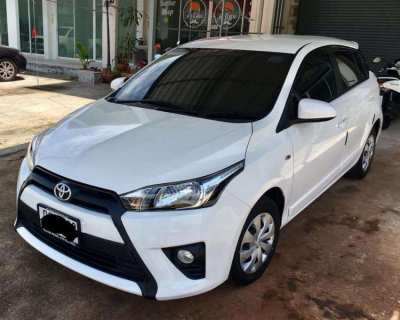 Yaris White 2014 - J by owner