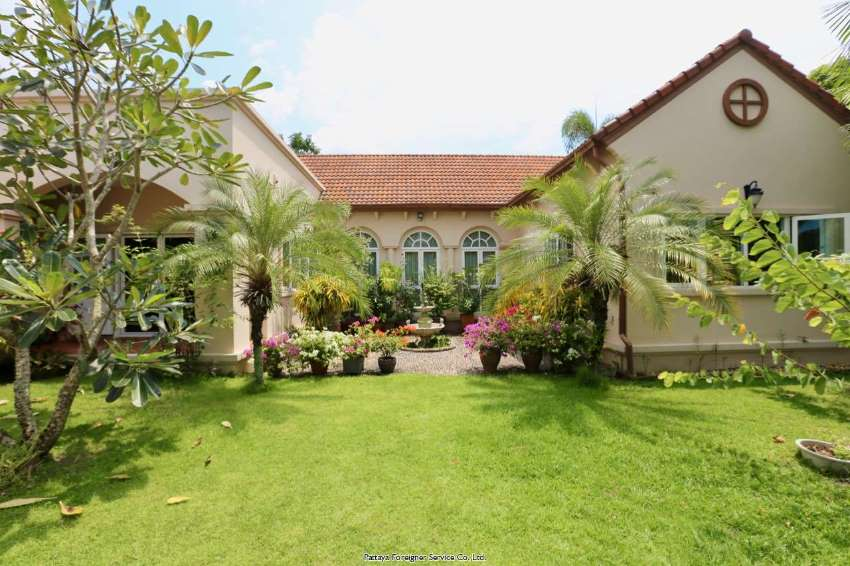 Pool Villa in Baan Amphur