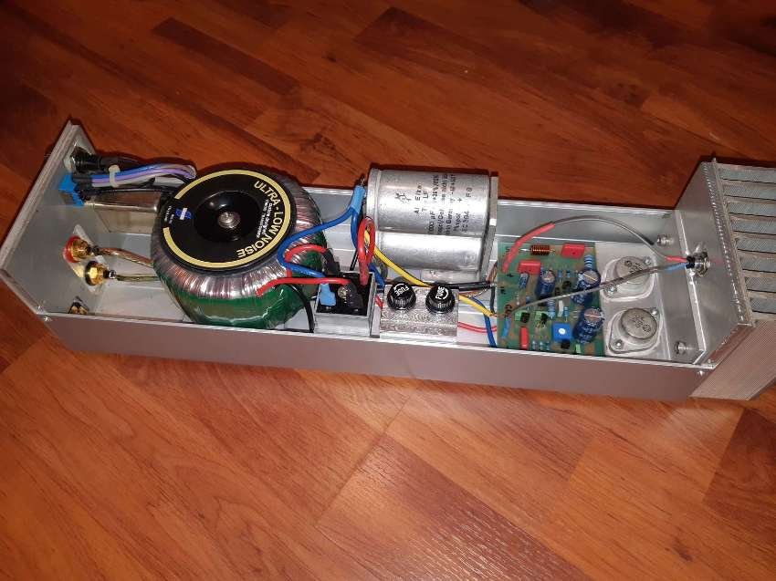 Pair Hi-Fi Mono Mos Fet Power Amps for Sale