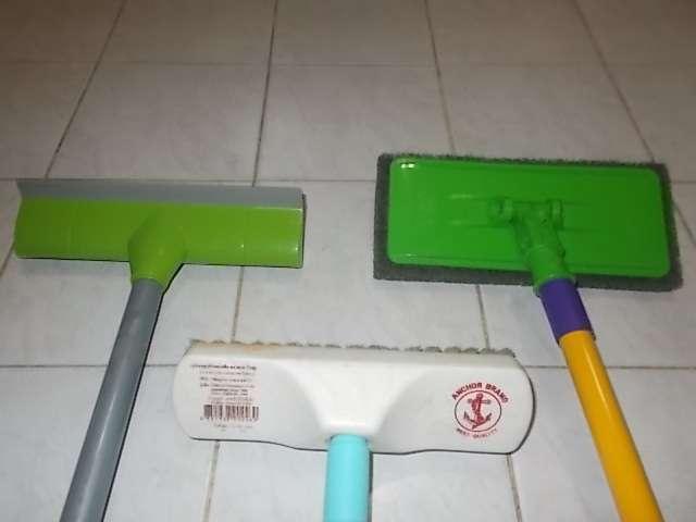 Scotch Brite cleaning supplies