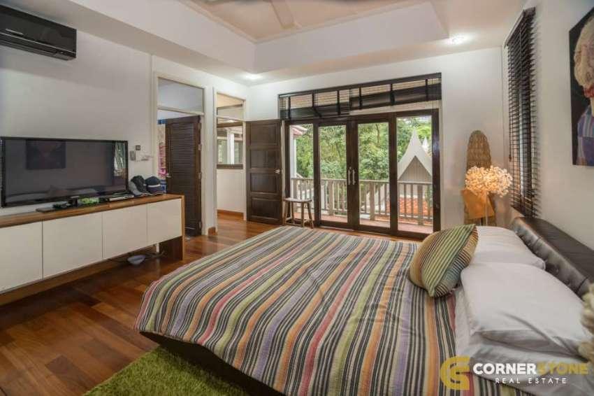 #HS1333  Luxury Thai Bali Pratumnak Villa For Sale