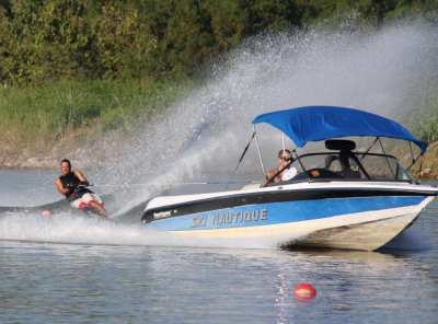 Correct Craft Ski Nautique 1996, wakeboard boat 320HP, 1150H, 340000Bt