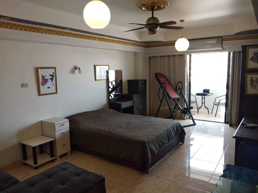Hot Deal Yensabai Condo For Sale Pattaya Third Road
