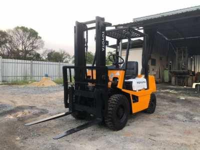Forklift TOYOTA 4FG20
