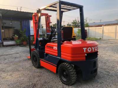 Forklift TOYOTA 5FD25
