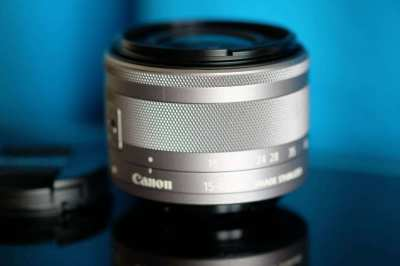 Canon EF-M 15-45mm f/3.5-6.3 IS STM Lenses