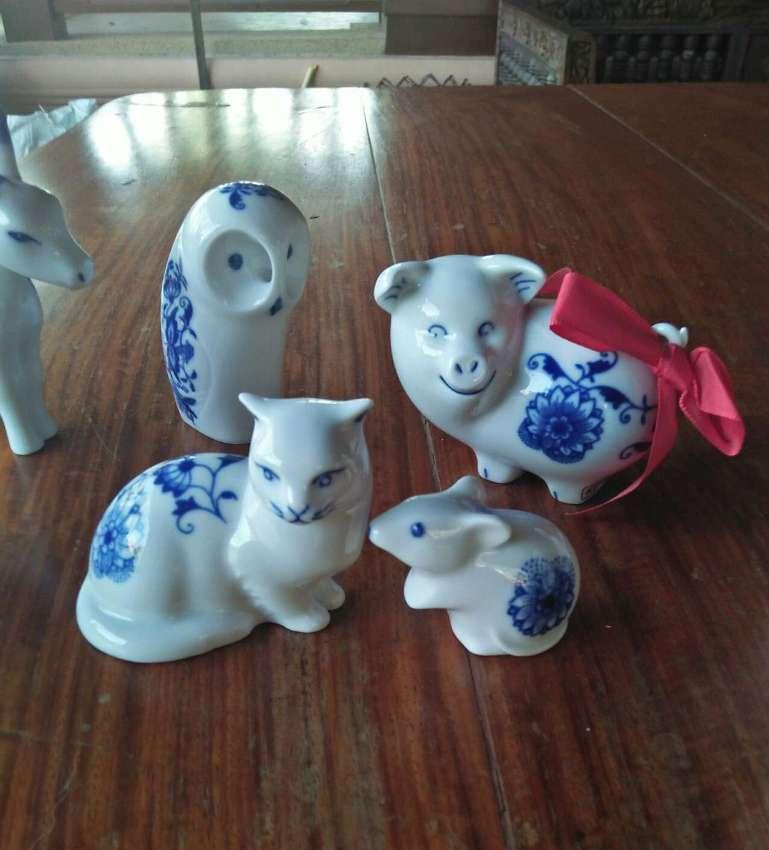 Porcelain set