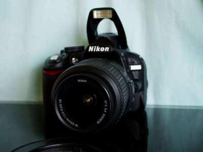 Nikon D3100 Mint  Body (17xx shots)