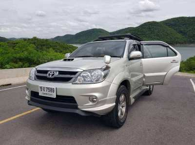 2006 Foreigner owned Toyota Fortuner