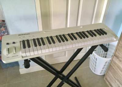 MIDIPLUS easy Piano, Keyboard and MIDI Controller  for sale