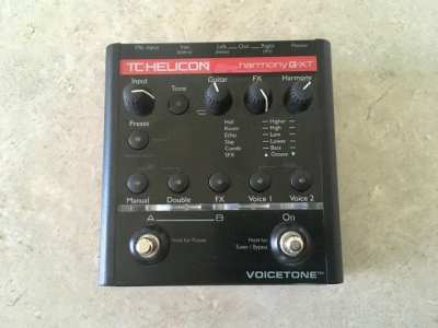 TC-Helicon Voicetone Harmony G-XT, vocal effects stompbox